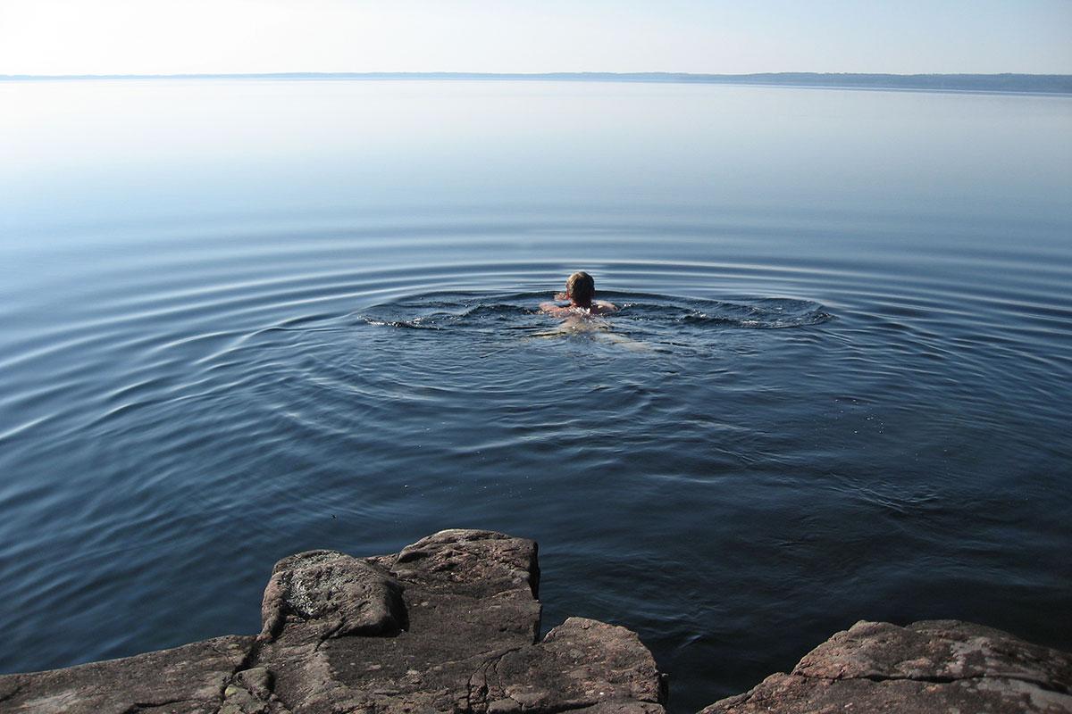 Morgondopp sjön Unden